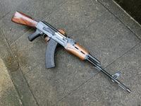 次世代AKS74U用ウッドハンドガードの製作と次世代AKS74N用折り畳み式ストックの製作!