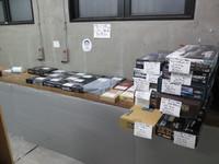 明日明後日は中古市マック堺さんのレビュー品も販売します