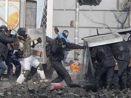 多分ウクライナ式暴動
