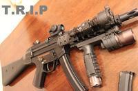 今頃MP5なんぞをば・・・