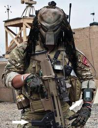 未来戦士には未来銃がよく似合う。