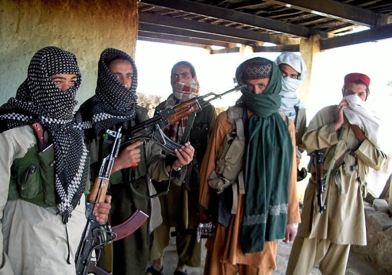 アラブログ!(arablog!):アフガン民兵装備