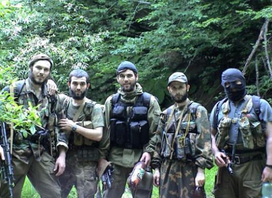 チェチェン周辺の活動家の写真 ...