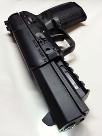 マルシン製 FN Five-seveN 6mmBB CO2