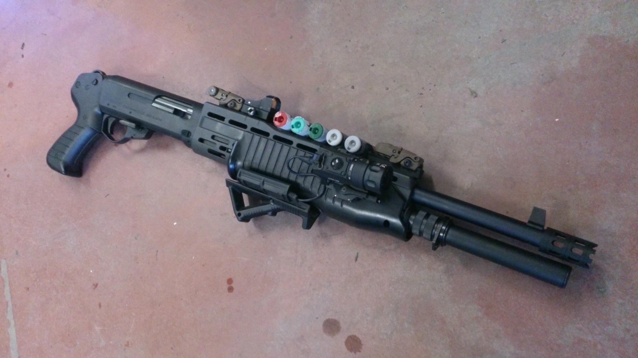 BLITZ ARMS:スパス12カスタム