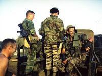 米陸軍特殊部隊群パッチ付きリーフ迷彩ジャケット