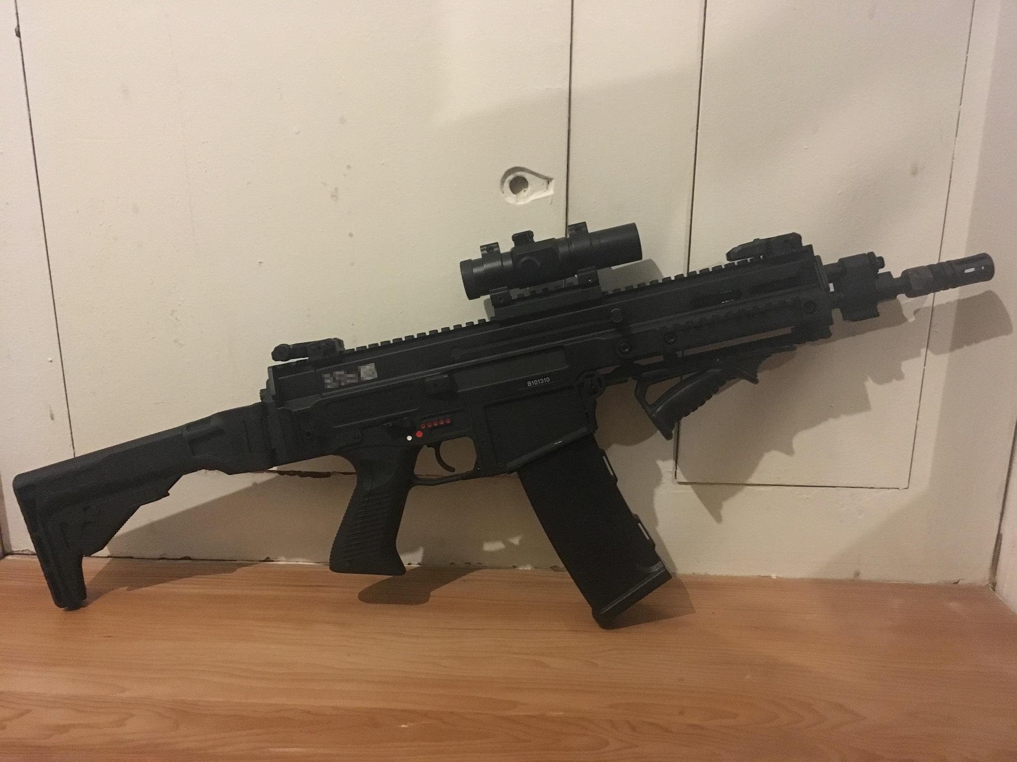 Cz805