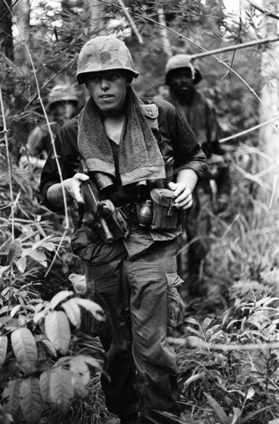 US ベトナム戦争時CANNON社製モデル OD フェイスタオル コットン100% レプリカ新品
