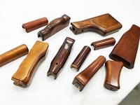 高級AKメーカーLCTとE&LのAKMを徹底比較!【木製パーツ分解編】