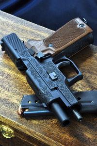 P220 com Engraved
