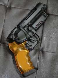 爆水拳銃にハマッてます。