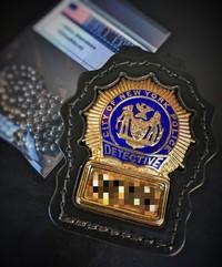 NYPD DETECTIVE セカンドバッジ!