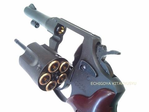 マルシン製 2インチHW、3インチHWが再入荷です。 日本人にとって一番身近にありながら良く知ることができなかったオマワリさんの銃が6mm Xカートリッジ仕様で新登場。