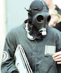 花粉にガスマスクを!&明日オークション開催です!