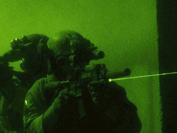 東京マルイ: 次世代電動ガンH&K HK416D DEVGRU CUSTOM 本体セット