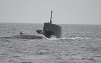 潜水艦浮上SS-505ずいりゅう