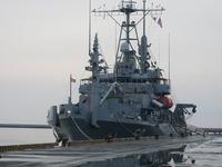 米海軍サルベージ船「セーフガード」八戸に来る