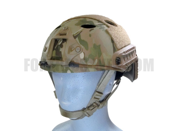OPS-CORE: FAST Carbonヘルメット MULTICAM L/XL