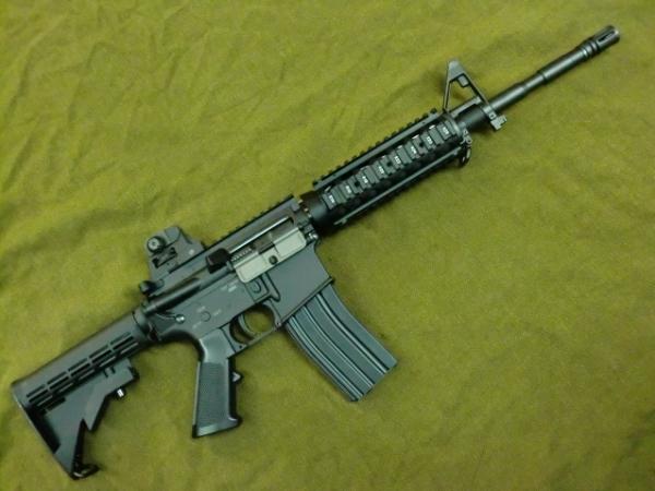 TOP: 電動ガン 『排莢式ブローバック』M4A1 SOPMOD