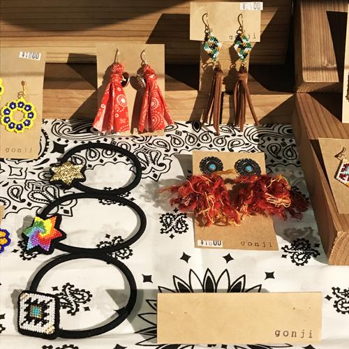 ハンドメイドアクセサリーブランド/gonji、ゴンジ、handmade、accessory、沖縄、okinawa、ネックレス、ブレス、ピアス、pierced earrings、イヤリング、ポルタアンドゲートPORTAANDGATE03
