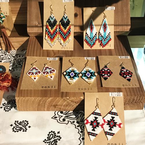ハンドメイドアクセサリーブランド/gonji、ゴンジ、handmade、accessory、沖縄、okinawa、ネックレス、ブレス、ピアス、pierced earrings、イヤリング、ポルタアンドゲートPORTAANDGATE02