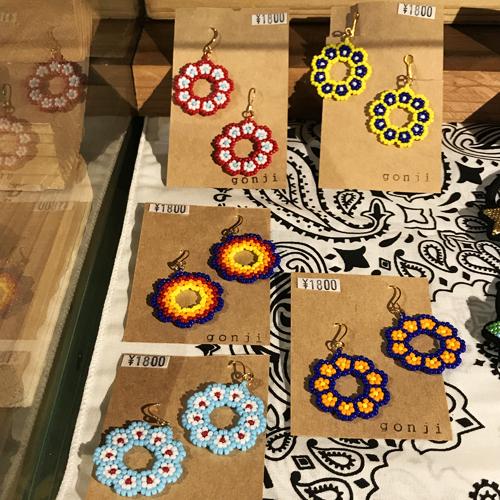 ハンドメイドアクセサリーブランド/gonji、ゴンジ、handmade、accessory、沖縄、okinawa、ネックレス、ブレス、ピアス、pierced earrings、イヤリング、ポルタアンドゲートPORTAANDGATE04