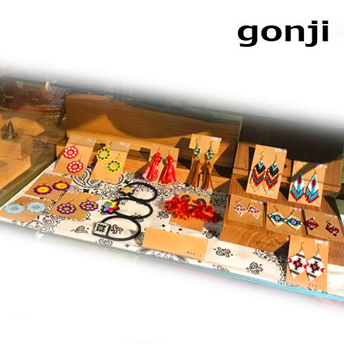 ハンドメイドアクセサリーブランド/gonji、ゴンジ、handmade、accessory、沖縄、okinawa、ネックレス、ブレス、ピアス、pierced earrings、イヤリング、ポルタアンドゲートPORTAANDGATE01
