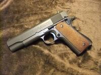 M1911A1 ガバメントモデル