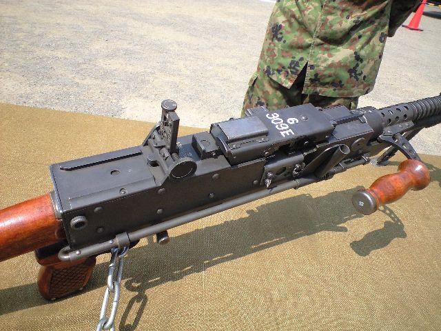 陸上自衛隊の絶滅危惧種の『62式機関銃』でありますぞ!皆様方ご存知のミ... 新潟県のシューティ