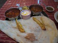 今日の昼飯はインド!!