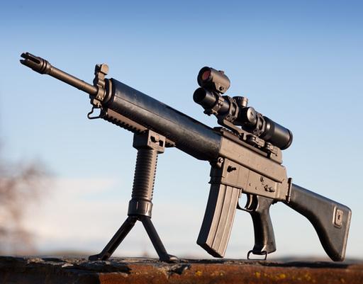 TACTICAL LIFE:AR-180