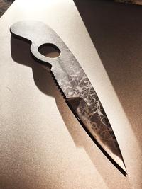 菊市ナイフ