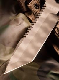 ナイフのノコギリ