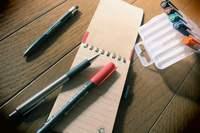 暗躍する筆記用具。