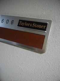 taylor-stonerにきてみたが