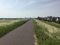 河川敷を15km、718kcal消費