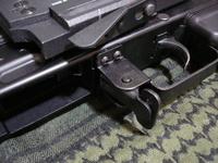 AK102 トリガーガード交換