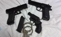 小型回転式拳銃