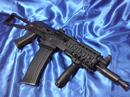 WE  AK74UN  レイル、グリップ変更