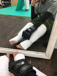 Bodymakerの格闘技用サポーター