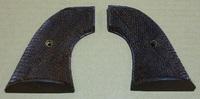 手彫りチェッカー木製グリップ