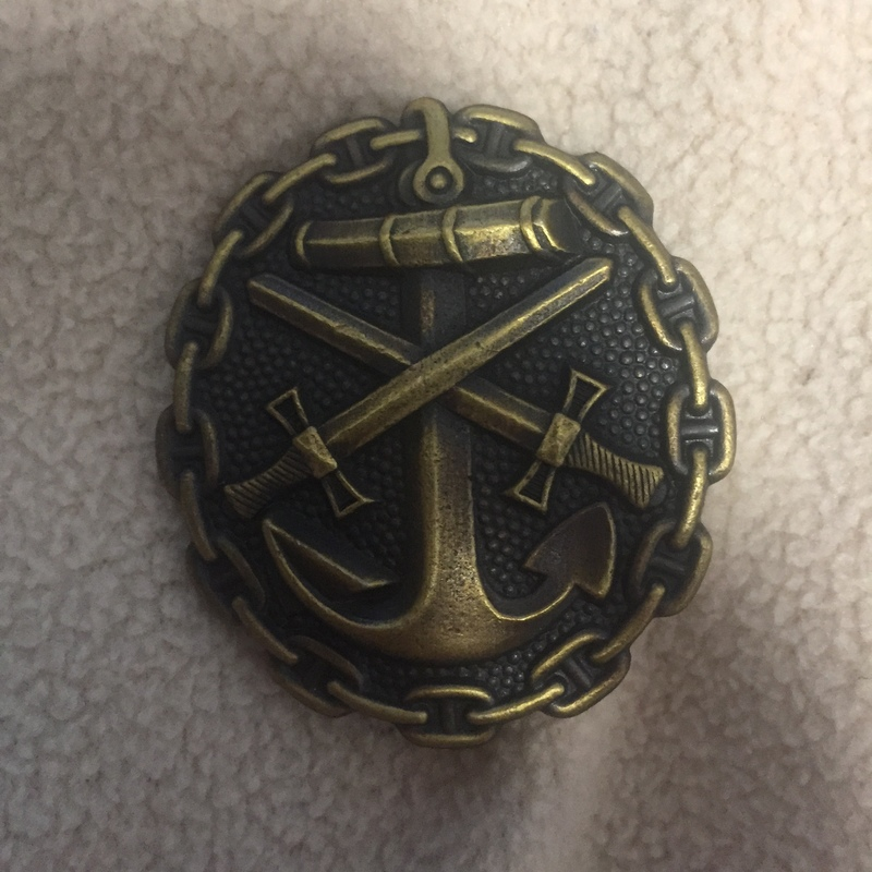 金色の海軍戦傷章