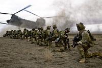 米陸軍レンジャー50名と現地コマンド部隊40名が参加。アフガニスタンのIS最高幹部襲撃作戦が成功