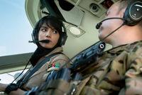 アメリカに亡命を求める初のアフガン人女性パイロット