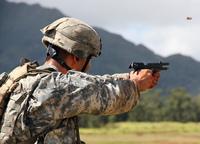 米陸軍次期制式ピストル選定が再び延期