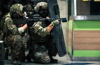 オーストリア軍特殊部隊『ヤークトコマンド』がショッピングモールを使った初の対テロ訓練を実施