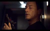 ジャン=クロード・ヴァン・ダム&ドルフ・ラングレンが潜水艦内で大暴れ。映画『Black Water』