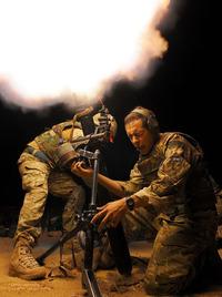「迫撃砲は騒音が大き過ぎる」英軍の新ルールで最大射程の実射訓練が禁止に