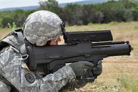 米国防総省の監察総監室が陸軍に対して「XM25」計画の進退決定を勧告。11 月にも主要方針か