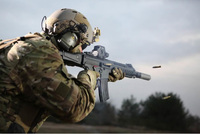 ヘッケラーアンドコッホ社がドイツ連邦軍の次期制式小銃選定に向けた新型小銃「HK433」を発表